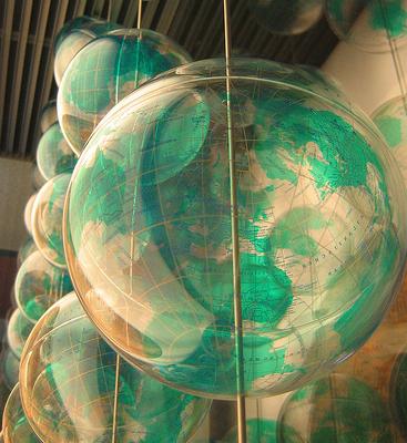 Green globe baloons