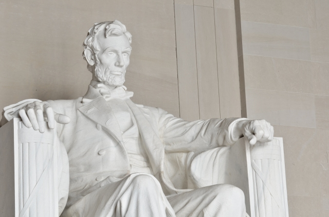 Abraham Lincoln statue in the Lincoln Memorial in Washongton DC